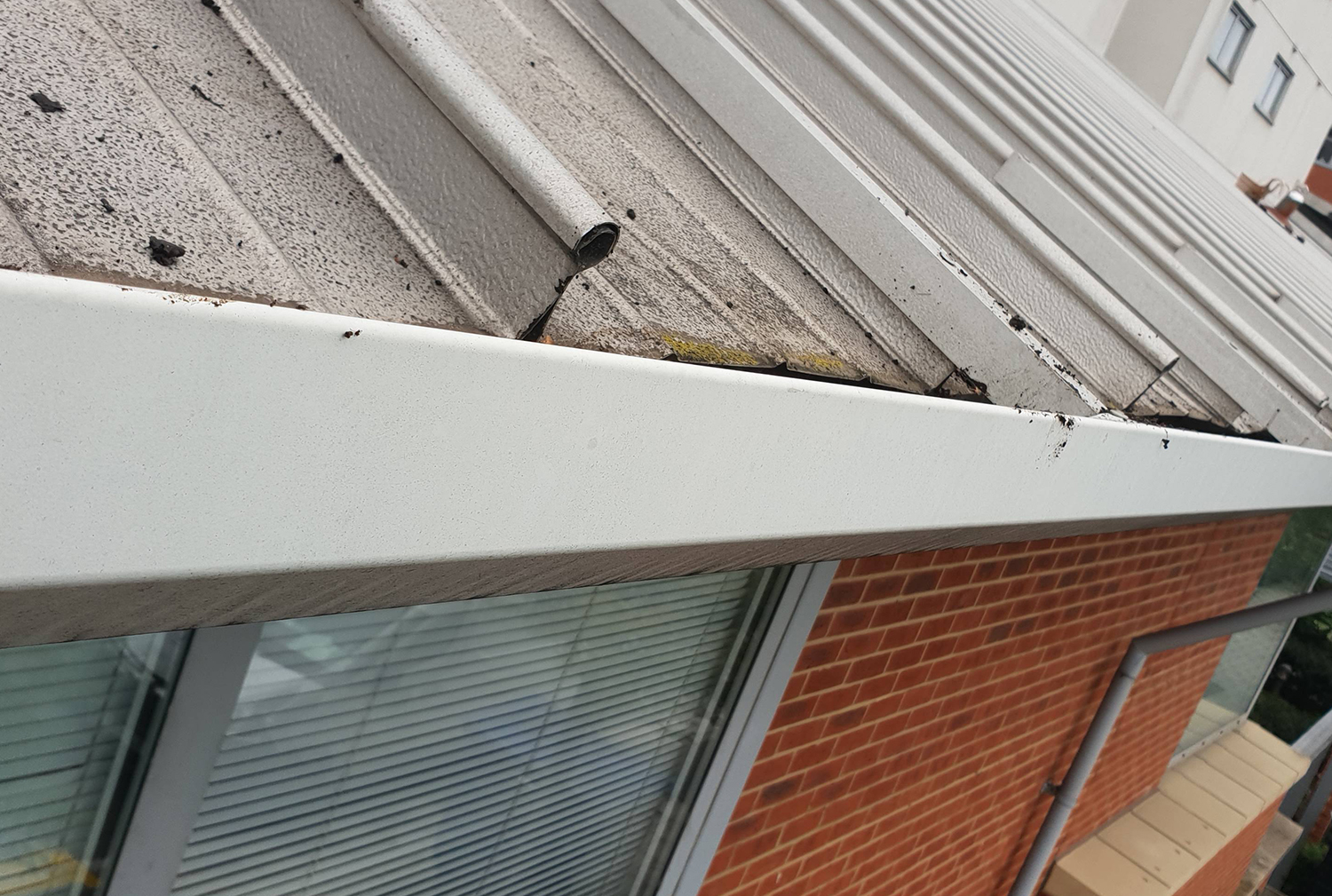 High level gutter cleaning job