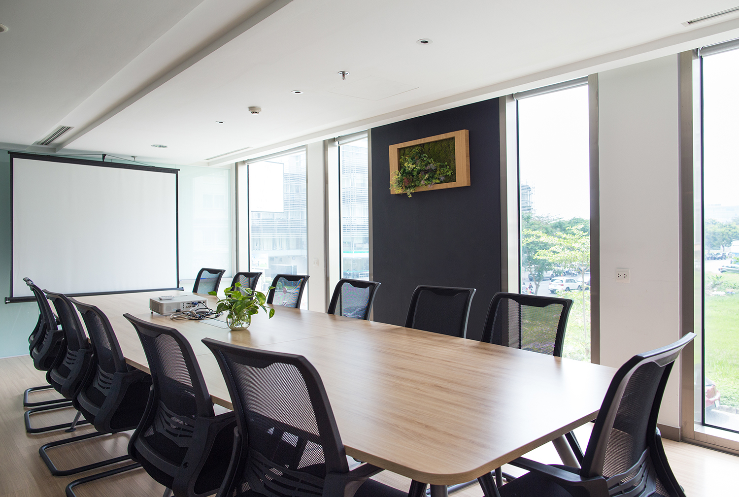 Office suite deep cleaning service